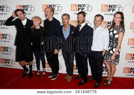 NEW YORK - OCT 2: Actor Robert Pattinson (L) and cast attend the