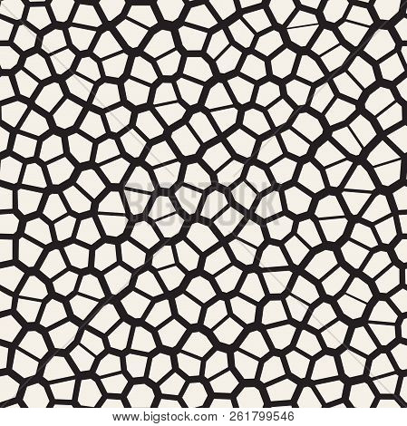 Seamless irregular lines vector mosaic pattern. Abstract chaotic tessellation texture poster