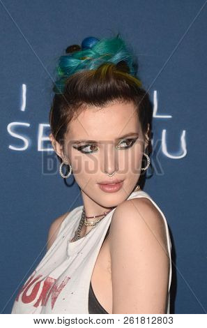 LOS ANGELES - OCT 2:  Bella Thorne at the