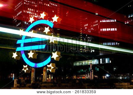 Frankfurt Am Main, Germany - September 05th 2018: Euro Sculpture In Front Of Eurotower, European Cen