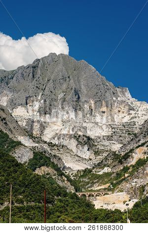 Marble quarries (Carrara white marble) in the Apuan Alps (Alpi Apuane). Tuscany, (Toscana), Italy, Europe poster