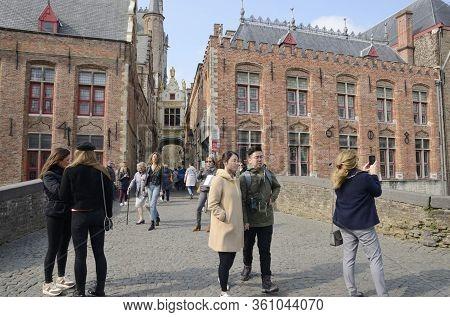 Pedestrian Bridge In Old Town Brugge