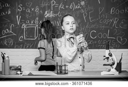 Natural Science. Educational Experiment. School Classes. Biology And Chemistry Lessons. Observe Chem