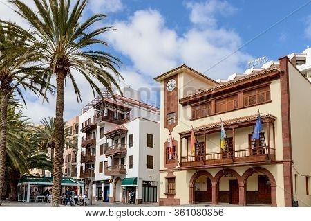 Nice Main Facade Of The Colonial Town Hall Building In San Sebastian De La Gomera. April 15, 2019. L