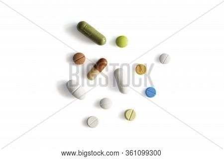 Assorted Pharmaceutical Medicine Pills, Tablets And Capsules Such As Paracetamol,omeprazole,chlorphe