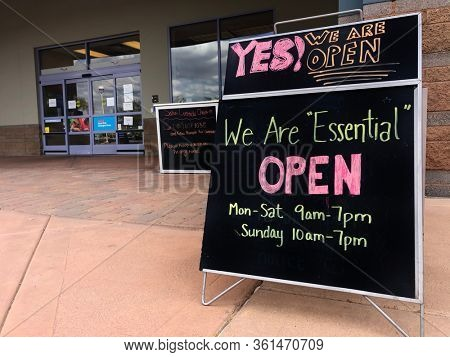 Scottsdale,Az,USA - 4.12.20:  Pet Smart (which opened in 1986 - a  specialty pet animal product store ), remains open as an Essential Service during the corona virus, Covid 19 pandemic.