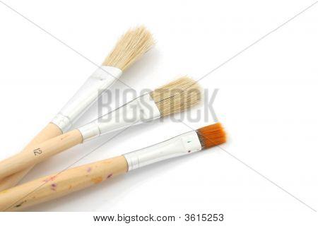 3 Brushes
