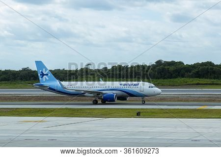 Cancun, Mexico - Jan. 23, 2020: Interjet Airlines Airbus A320 At Cancun International Airport Cun, C