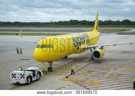 Cancun, Mexico - Jan. 23, 2020: Spirit Airlines Airbus A321 N682nk At Cancun International Airport C