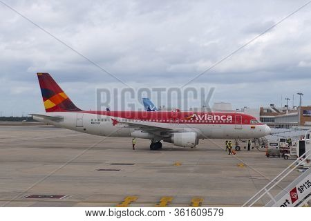 Cancun, Mexico - Jan. 23, 2020: Avianca Airlines A320 N567av At Cancun International Airport Cun, Ca
