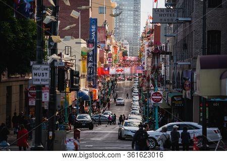 San Francisco, California, Usa - November 2017: Daytime At Chinatown In San Francisco. San Francisco