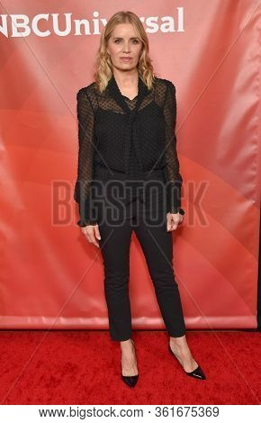 LOS ANGELES - JAN 11:  Kim Dickens on the red carpet at the NBCUniversal Winter TCA 2020 on January 11, 2020 in Pasadena, CA