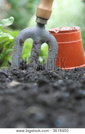 Garden Fork  And Pot