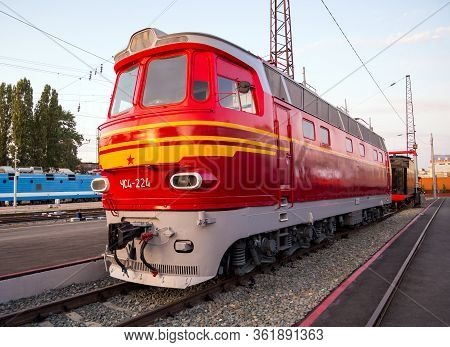 Voronezh, Russia - August 29, 2019: Chs4 Series Ac Electric Locomotive, Retro-exhibition Of Railway