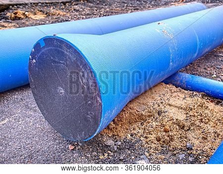 Big Size Plastic Hdpe Pipe For Water Supply. Repairing Of Main Branch In Town.