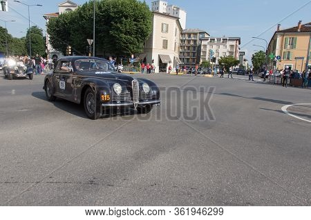 Brescia, Italy - May 19 2018: Alfa Romeo 6c 2500 S Cabriolet Touring 1942 Is An Old Racing Car In Ra