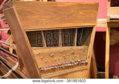 Leonardo Da Vinci Musical Instrument Clavi-viola: Produces The Sound Of A Viola Using The Keyboard O