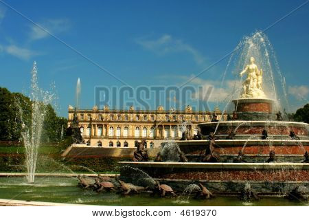 Herrenchiemsee Palace And Fountain In Germany