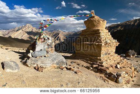 Stupas In Murgum La Pass - Zanskar Trek, Ladakh, Jammu And Kashmir, India