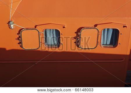 Ship Windows.
