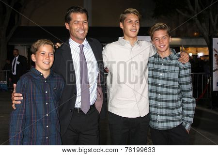 LOS ANGELES - NOV 3:  Zen Gesner, Finn Gesner, Tuck John Gesner, Rory Farrelly Gesner at the Dumb and Dumber To Premiere at the Village Theater on November 3, 2014 in Los Angeles, CA