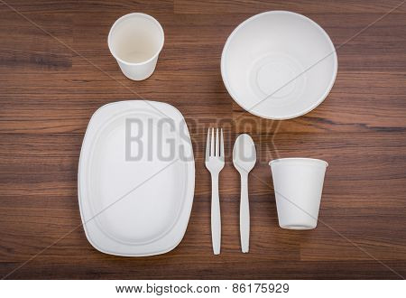Eco friendly Unbleached plant fiber dishware set : plate, spoon ,cup
