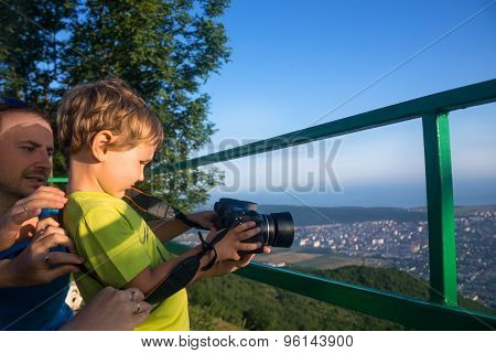 Focused Little Boy With Daddy Pictures Of The City