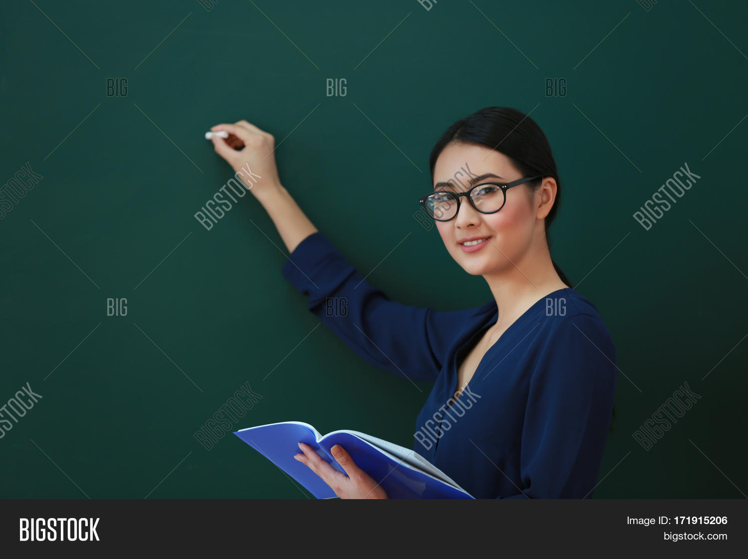 teaching career Teaching definition is - the act, practice, or profession of a teacher how to use teaching in a sentence  a chemist who has devoted his career to teaching, even though he could have made a lot more money in an industrial job  recent examples on the web: noun.