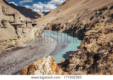 Rocky river bank in Himalaya mountain .