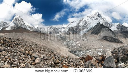 panoramic view of Mount Everest with beautiful sky and Khumbu Glacier - way to Everest base camp Khumbu valley Nepal