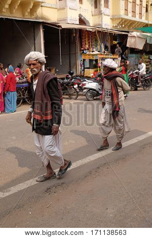 PUSHKAR, INDIA - FEBRUARY 17: Unidentified Rajasthani men wearing traditional turban in the sacred town of Pushkar, Rajasthan, India on February 17, 2016.