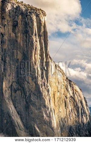 El Capitan rock close-up in Yosemite National Park Valley at cloudy autumn morning from Tunnel View. California, USA.