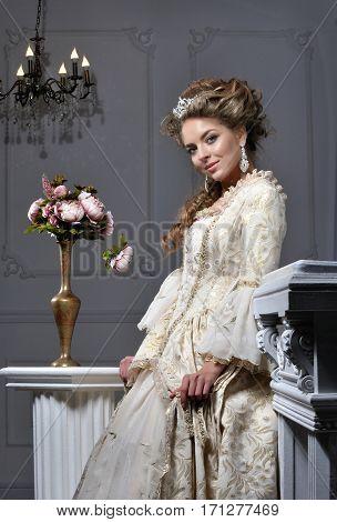 young Queen a beautiful young, queen, fashion, woman,
