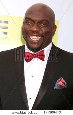 LOS ANGELES - FEB 11:  Omar J Dorsey at the 48th NAACP Image Awards Arrivals at Pasadena Conference Center on February 11, 2017 in Pasadena, CA