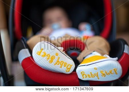Little baby boys first step white and yellow shoes