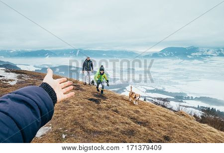 Come with me to walk quickly. Family concept leisure time image