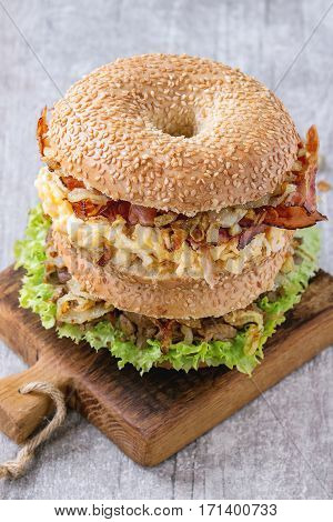 Bagels With Bacon And Beef