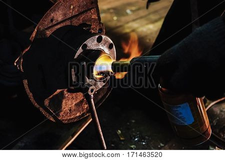 gas burner heats the part of the vehicle