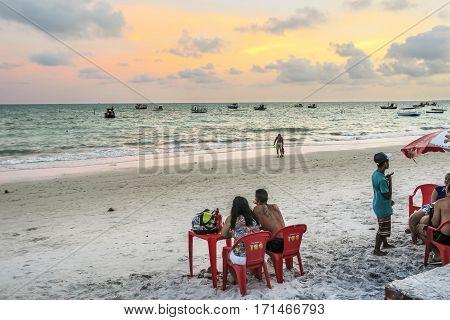 SAL REI BRAZIL - DEC 25 2015: people enjoy the beach at Ponta Prera in the island of capo verde in Brazil.