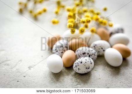Eggs and flower set for easter celebration on white background top veiw mock-up