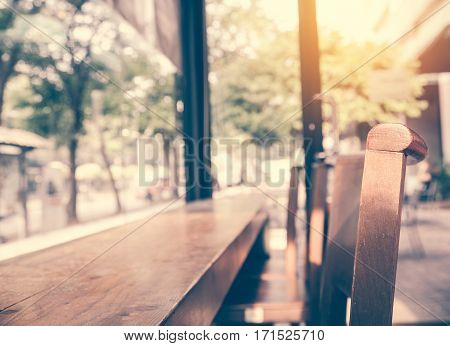 Blurred background made with Vintage TonesCoffee shop blur background with bokeh