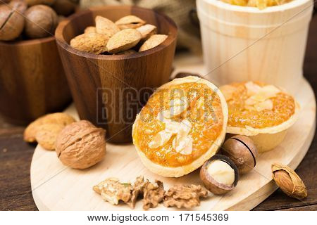 almonds cake, macadamia , milk and almonds nut