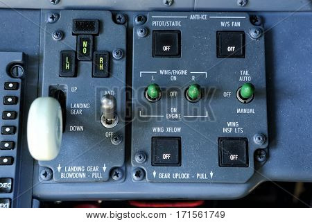 Landing gear lever and anti-ice control panel