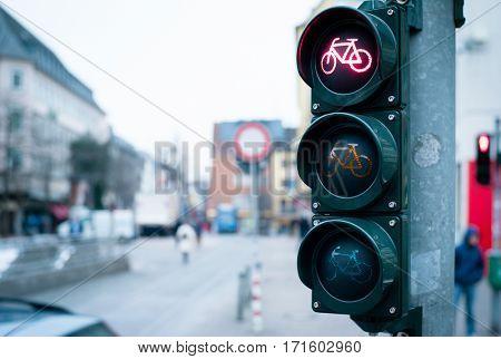 Traffic lights for bikeriders