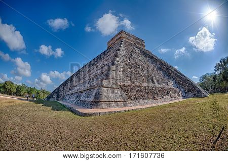 Chichen Itza Mexico Pyramid On Sunny Day