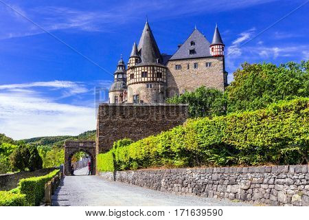 Romantic medieval castles of Germany - Buerreshein