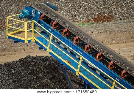 Metal Scrap Yard Machine