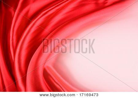 Zbliżenie fałdy w czerwone tkaniny jedwabne