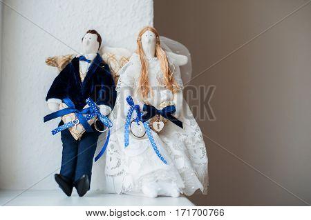 Dolls Whith Wedding Rings