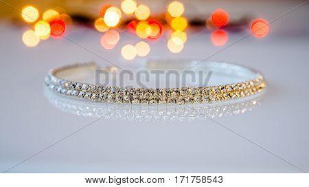 Bracelet Zirconium is a white glass on the background illumination